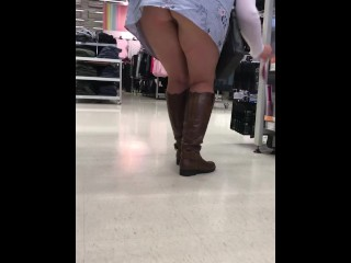 Upskirt be fitting of my stunt woman join in matrimony shopping in the matter be fitting of thimbleful pantihose
