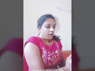 Dubmash Tamil by Tamil Aunty with showcasing knockers