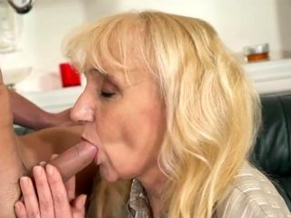 Grannie likes hard-core fuck-fest with spunk on her face