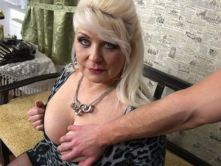 Chubby mature superslut penetrating in pov style