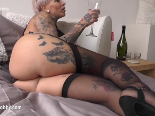 Mydirtyhobby - Tattooed MILF swallows obese dig up
