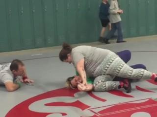 Moms wrestling