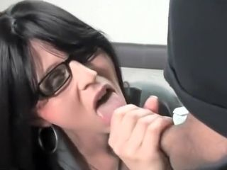 Big-titted assistant boinking In Office