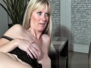 Ultra-kinky fledgling cougar deepthroats and tears up with jizz shot