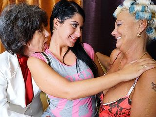 Trio elder and youthful lesbos tonguing cunny and getting moist
