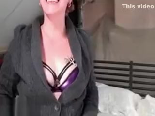 Mature ginger-haired housewive gets kinky