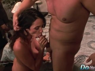 Passionate wifey Ariella Ferrara porks a pornography guy and Her spouse Cheers Her On