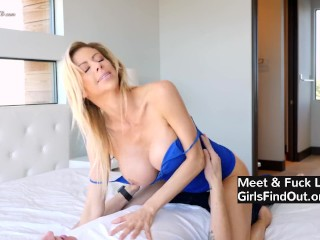Son Justin accidentally catches step-mom Alexis taking off clothes