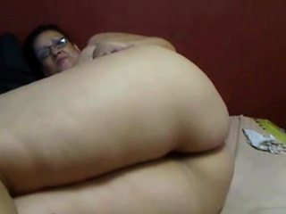BBW Latina shows will not hear of bore
