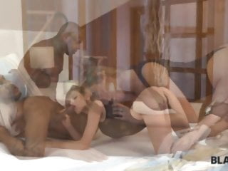 BLACK4K. Wifey cheats on spouse having multiracial bang-out in...