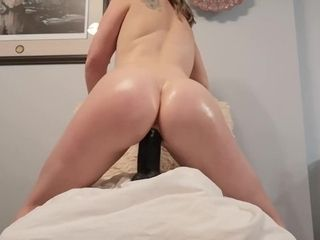 'Oiled bootie cougar rails big black cock faux-cock and spreads gash. Till jummy creampie'