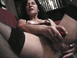 Emi Puton wifey Whore tart