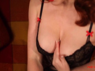 'Gorgeous brit mature crimson hard-core catapults her coochie with a monstrous dark-hued dildo'