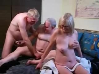 Androgyne Threesome5