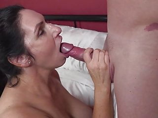 Meaty boobed mature mummy boinks fortunate son-in-law