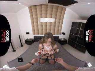 VIRTUAL TABOO - b-day boink For bitchy Stepmom|1::Big melons,4::Blowjob,38::HD,43::Virtual Reality